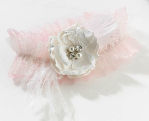 Chic n Shabby Garter-Blush200  Weddings