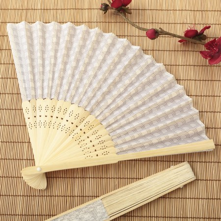 SILVER SCALLOP SILK FOLDING FAN FAVOR200  Weddings