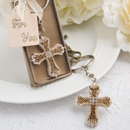 VINTAGE DESIGN CROSS THEMED KEY CHAIN  Weddings