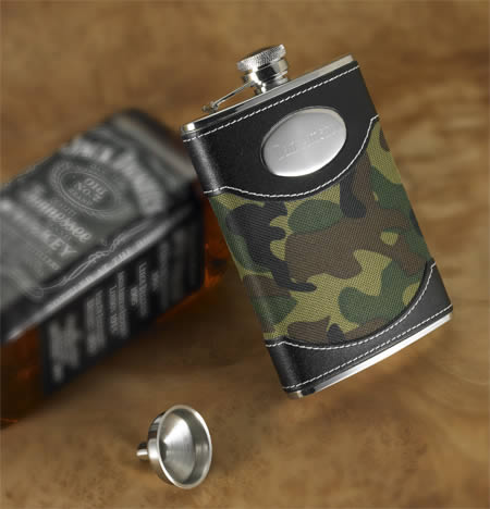 Personalized Green Dynasty Camouflage Flask (8 oz.)200  Weddings