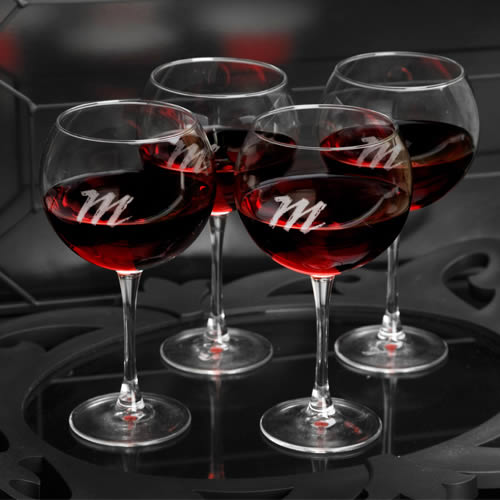 Personalized Connoisseur Red Wine Set of 4 (18 oz)  Weddings