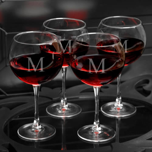 Personalized Set of 4 Red Wine Glasses (18 oz)200  Weddings