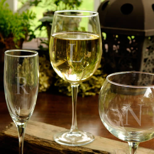Personalized White Wine Glass (19 oz.)wholesale/GC952.jpg Wedding Supplies
