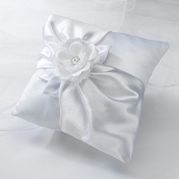 CLEARANCE White Rose Ring Pillow200  Weddings