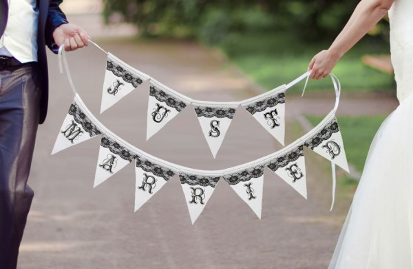 Just Married Black and White Banner200  Weddings
