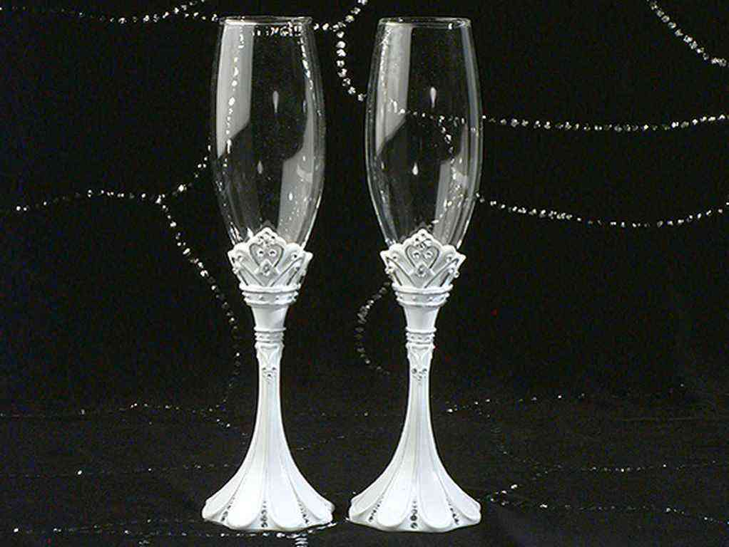 Toasting flutes in trending unique favors gift ideas - Unusual champagne flutes ...